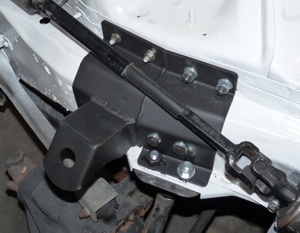 Driver's side Cherokee engine mount
